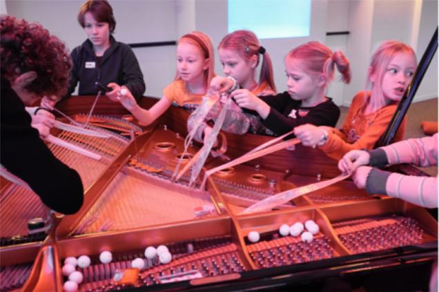 Unboxed piano - Jeugd en Muziek Brussel